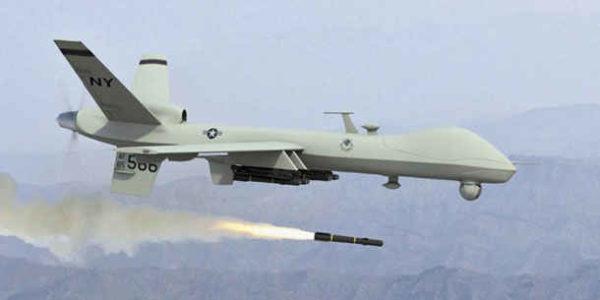 Un drone militaire armé