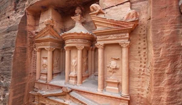La numérisation 3D de sites historiques permet de préserver le patrimoine.